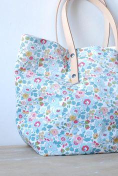 Sac en tissu liberty / liberty fabric bag!