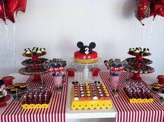 Lara Stolf Arte em Açucar: Festa Mickey para a Aline