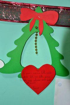 A könnyű karácsonyfát meg kell szúrni Christmas Advent Wreath, Christmas Crafts For Kids, Xmas Tree, Christmas Projects, Kids Christmas, Christmas Decorations, Christmas Bulletin Boards, Christmas Classroom Door, Abc Crafts
