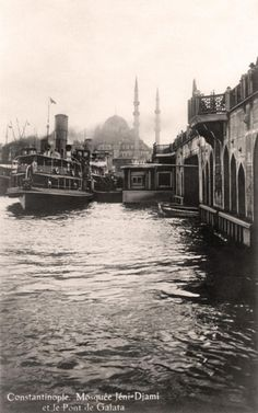 Constantinople ca. Pictures Of Turkeys, Old Pictures, Old Photos, Places To Travel, Places To See, Turkey History, Eastern Countries, Latina, Ottoman Empire