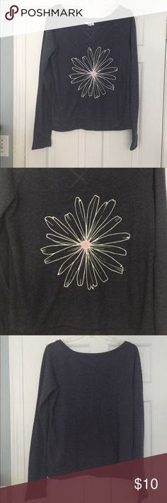 Cute sweatshirt Cute sweatshirt with graphic daisy. Can be worn off the shoulder(s). Delia's Tops Sweatshirts & Hoodies