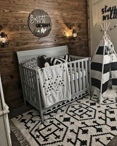 Wood wall Black & white nursery decor shiplap monochrome nursery woodland r Monochrome Nursery, Nursery Neutral, Baby Room Design, Nursery Design, Baby Boy Rooms, Baby Boy Nurseries, Baby Boy Nursey, Baby Nursery Ideas For Boy, Rustic Baby Nurseries