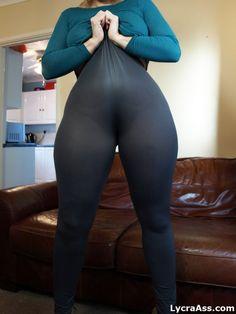 tight lycra leggings #curves #curvywomen #lycra