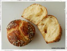 Τσουρέκια χωρίς Ζύμωμα! Greek Recipes, Food Styling, Camembert Cheese, Muffin, Artisan, Sweets, Bread, Breakfast, Ethnic Recipes