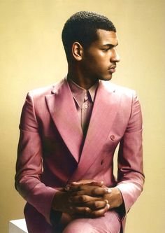 Who ever knew a man's suit in pink could be so cool!