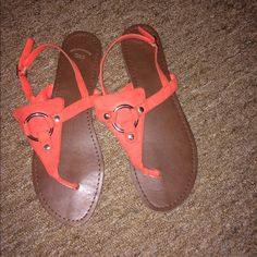 GAP sandals!! Coral/peach color. Worn maybe 3 times! Very true to size! GAP Shoes Sandals