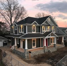 This another completed Home Renovation Project including @James_Hardie Siding in Bethpage, NY. The color used here is Iron Gray. #PremierBuildingNY #JamesHardieElitePreferred #Hardie #JamesHardieSiding #HardieHome #Renovations #Contracting #Construction #Home #Building #Design #Build #Living #Remodel #Luxury #Rebuild #HardieWrap #HomeImprovement #CustomHomes #HomeExteriors #Siding #Bethpage #LongIsland #NewYork #Instalike #Follow #PhotoOfTheDay #Inspiration