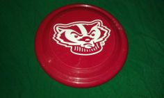 FRISBEE,BUCKY BADGER,wis,badgers,football,flying disk,good cond,nice