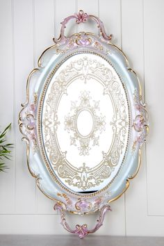 Polyester Tepsi AY-NAKIŞLI-DEGRADEMAVİ LA VİTA BUONE | Trendyol Decoupage Jars, Decoupage Vintage, Wooden Painting, Diy Painting, Painted Trays, Silver Trays, Shabby Chic Crafts, Teapots And Cups, Shabby Chic Antiques