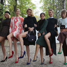 Hey Gals! #streetstyle #fundiscoveries ITgirls