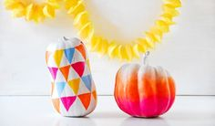 DIY Ombre Halloween Pumpkins - The Style Insider Diy Halloween, Spirit Halloween, Halloween Pumpkins, Halloween Decorations, Pumpkin Decorations, Happy Halloween, Diy Ombre, Diy Pumpkin, Pumpkin Carving