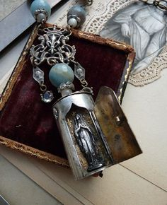 Antique French Ex Voto Heart Reliquary, Sacre Coeur Congres Marial Boulogne Sur Mer 1938, offered by RusticGypsyCreations