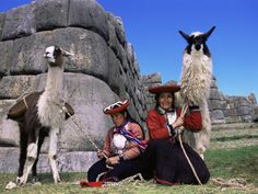 Best Single Travel - Singles travel to Peru for Machu Picchu and Cusco Singles Vacation trip for singles and solo travelers in their 30's 40's and 50's