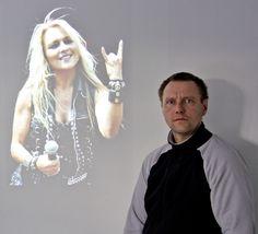 Die Lieblingssängerin von Marco Dombrowski aus der Bau- und Liegenschaftsabteilung der FH Kiel ist Rockröhre Doro Pesch. Foto: Tyll Riedel