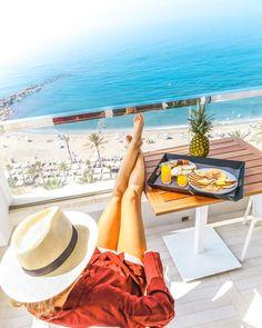 Yo want to be here! #hotellife #AmareMarbella #marbs #costadelsol #marbella #marbellalife #marbellahotel #marbella2017 #hoteldeluxe #hotelroom #hotelmarbella