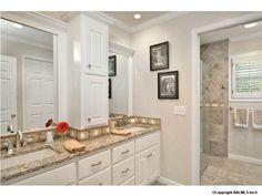 Find this bathroom on www.vallyemls.com