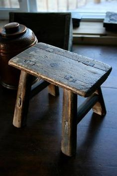 Old Wood Mortised Small Step Milk Stool Antique Vintage -- Antique Price Guide Details Page Primitive Furniture, Country Furniture, Handmade Furniture, Wood Furniture, Primitive Decor, Primitive Antiques, Primitive Bedroom, Primitive Homes, Primitive Country