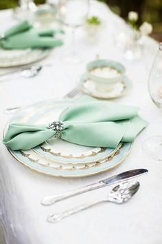 Minty Tablescape