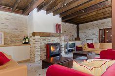 Zithoek 10 personen met houtkachel vakantiehuis Provence