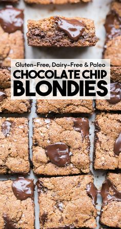 These Paleo Chocolate Chip Blondies have amazing crispy edges, a soft, chewy center, and tons of dark, melted chocolate chunks! You'll go crazy for these paleo, gluten-free, and refined sugar-free blondies. Chocolate Chip Blondies, Paleo Chocolate Chips, Double Chocolate Cookies, Healthy Chocolate, Chocolate Peanut Butter, Chocolate Desserts, Melting Chocolate, Chocolate Lovers, Paleo Recipes Easy