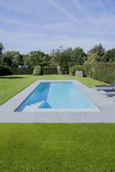 sport sport maison Tags: , , The idea of sport Small Inground Pool, Small Backyard Pools, Backyard Pool Designs, Small Pools, Outdoor Pool, Oasis Backyard, Oasis Pool, Small Backyards, Swimming Pool Landscaping