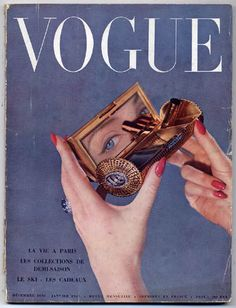 Vintage Vogue Cover via A Lovely Being Vogue Vintage, Vintage Vogue Covers, Vintage Fashion, Paris Vintage, Mode Collage, Aesthetic Collage, Aesthetic Vintage, Wall Collage, Collage Kunst