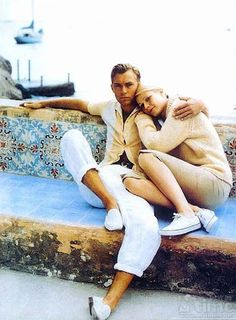 Jude Law & Gwyneth Paltrow on the set of 'The Talented Mr. Ripley'.