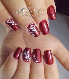 145 festive fingernails for the christmas season -page 1 > Homemytri. Christmas Nail Polish, Xmas Nails, Pretty Nail Art, Cute Nail Art, Classy Nails, Fancy Nails, Winter Nail Art, Winter Nails, Fingernail Designs