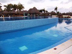 The Iberostar Playa Mita Resort offer 2 pools and an open-air restaurant for lunch. #Iberostarplayamitaresort