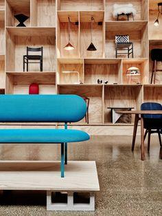 FURNITURE SHOWROOMS Zerogloss Design Store by ficina 11 Studio