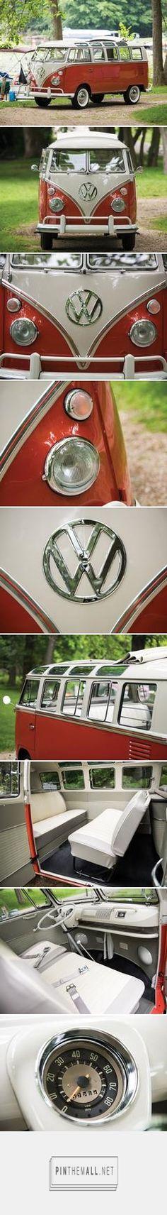 1965 Volkswagen Type 2 '21-Window' Deluxe Microbus | Hershey 2015 | RM Sotheby's