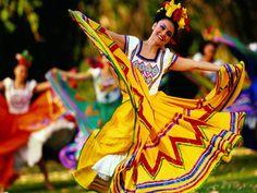 a little mexican ballet folklorico