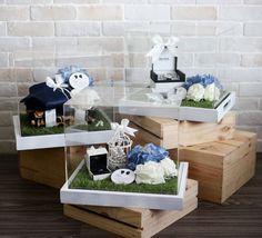 English Garden-themed Gift Trays.