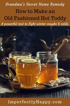 How to make an old fashioned Hot Toddy Recipe - a vintage home remedy that really works for coughs, colds and sore throats. How to make an old fashioned Hot Toddy Recipe - a vintage home remedy that really works for coughs, colds and sore throats. Fun Drinks, Yummy Drinks, Healthy Drinks, Alcoholic Drinks, Beverages, Cocktails, Fireball Drinks, Drinks Alcohol, Refreshing Drinks