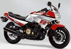 (1985) Yamaha FZ750, My very first really fast bike.