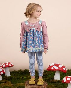 Matilda Jane~Once Upon A Time~R1 Fairy Wand Tunic (size 6), Enchanting Tee (size 6), and Be Brave Leggings (size 4)