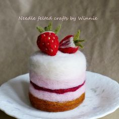 Needle felted dessert- Strawberry shortcake by FunFeltByWinnie on Etsy