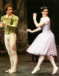 """Giselle"" with Carla Fracci Margot Fonteyn, Male Ballet Dancers, Ballet Boys, Ralph Fiennes, Rudolf Nurejew, Dance Magazine, Dance Legend, Nureyev, Russian Ballet"
