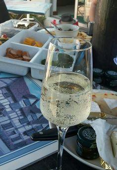 good food, great wine Alcoholic Drinks, Good Food, Wine, Glass, Drinkware, Corning Glass, Liquor Drinks, Alcoholic Beverages, Healthy Food