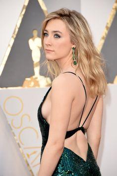 Oscar 2016: atrizes apostam em decotes ousados na premiação