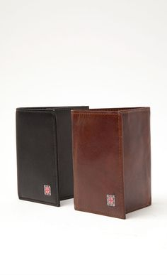 1RedPlace is an accessories collection inspired by the city and culture of London and reflects all things British. #london #menswear #fashion #accessories #wallets