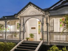 133 Bonney Ave, Clayfield, Qld View property details and sold price of 133 Bonney Ave & other properties in Clayfield, Qld Weatherboard Exterior, Queenslander House, New Farm, Facade House, Home Reno, Architecture Details, Victorian Architecture, My Dream Home, Dream Homes