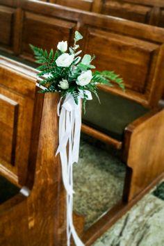 Church Pew Decorations, Ladder Decor, Wedding Styles, Dream Wedding, Design, Embellishments, Valentines Day Weddings, Party, Craft