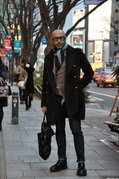 DMs Urban Fashion, Mens Fashion, Most Stylish Men, Men Closet, Pinstripe Suit, Winter Wear, Street Style Women, Dapper, Menswear
