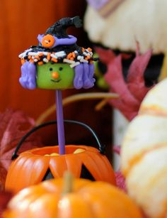 Pin for Later: Boo Bites! 20 Spook-tacular Halloween Cake Pops Witchin' Cake Pop I'll eat you, my pretty! There's nothing wicked about a mini witch cupcake pop. Source: My Little Cupcake