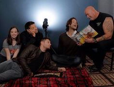 Cliff reading to Misha, Jared and Jensen.
