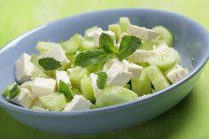 Gurkensalat mit gebackenem Feta - Das Sommerrezept schlechthin!