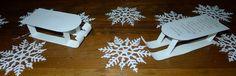 decoration de noel bricolage de noel pain d epice decoratif fait avec de la colle blanche compote de pommes et de la cannelle.