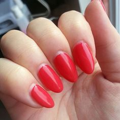 Lobster Roll CND Shellac; 14 days old! #REALNAILS #naturalnails