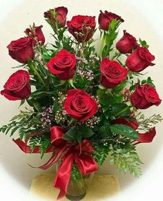 Find your online flower delivery in Bangalore. We send flowers to Bangalore at best prices. We have balloons, teddy, flowers online for same day & midnight Delivery Beautiful Flowers Wallpapers, Beautiful Rose Flowers, Amazing Flowers, Fresh Flowers, Funeral Floral Arrangements, Rose Arrangements, Online Flower Delivery, Fresh Flower Delivery, Terre Plate